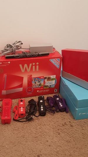 25th Aniversary Wii (Red) Limited Edition w/ 4 Controllers for Sale in Lynchburg, VA