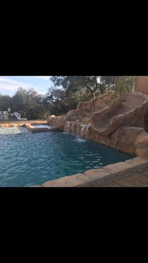 Swimming pool 👍🏻👏 for Sale in Moreno Valley, CA