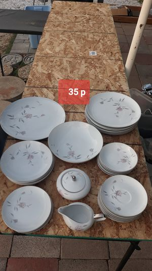 Crockery Mikasa 35pieces! for Sale in Fontana, CA