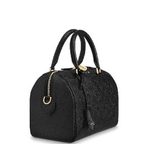 Black Authentic Louis Vuitton Bag for Sale in Las Vegas, NV