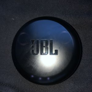 JBL Wireless Bluetooth Headphones for Sale in Valley View, OH