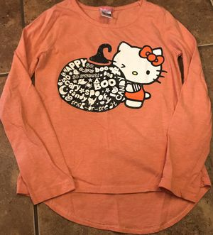 Size 7/8 girls Halloween Hello Kitty shirt for Sale in Maricopa, AZ