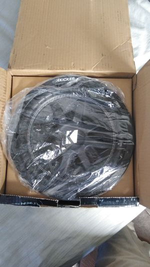"Brand New 10"" Kicker sub with a ported speaker box for Sale in Memphis, TN"