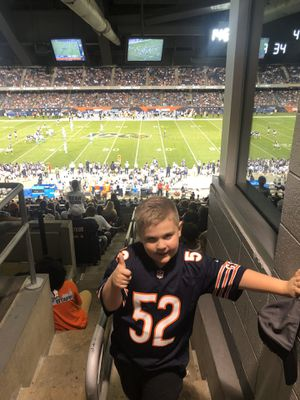 BEARS VS GIANTS GREAT SEATS CHEAP ALL LEVELS for Sale in Chicago, IL
