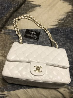 Classic Chanel flap bag for Sale in Justin, TX