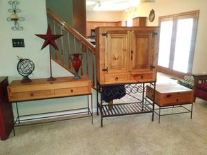 Wine rack, sofa table and end table set for sale 🍷 for Sale in St. Louis, MO