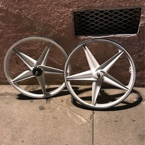 Mongoose Rebel Rims (white) for Sale in South Gate, CA