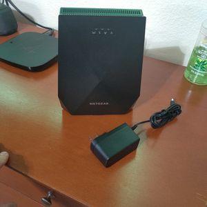 Netgear Nighthawk Triband Wifi Range Extender X6 AC2200 - Model ex7700 for Sale in Glendale, AZ