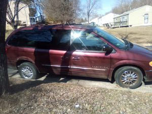 2001 town and country for Sale in Clinton, MD