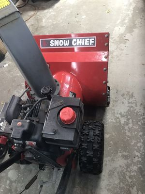 I have two 4 stroke snowblowers not pictured no oil mix for Sale in Tinley Park, IL