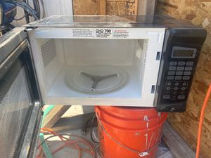 Microwave for Sale in Oakland, CA