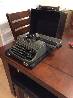 Champion Underwood Vintage Typewriter for Sale in Hillsboro, OR