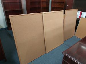 $10 each small size bulletin board 2 x 3 for Sale in Houston, TX