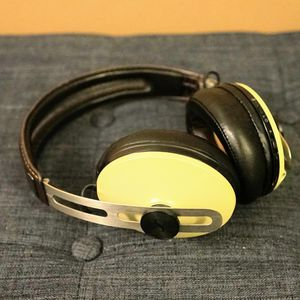 Sennheiser Momentum 2.0 Wireless Ivory Nice for Sale in Del Mar, CA