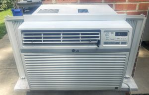 LG 10,000 BTU Air Conditioner Like New Condition for Sale in York, PA