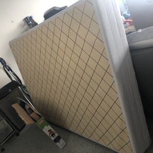 Free twin bed box for Sale in Irvine, CA