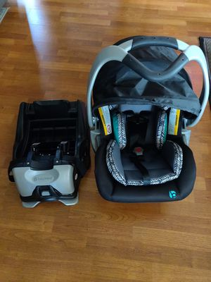 Car Seat Babytrend for Sale in Los Angeles, CA