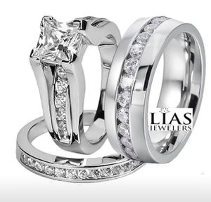 New 18 k white gold wedding ring set his and hers for Sale in Orlando, FL