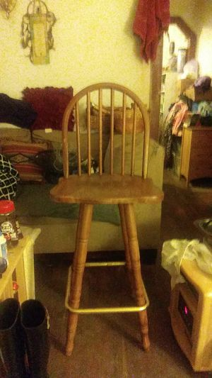 $10/Nice revolving wooden chair for Sale in Lexington, KY