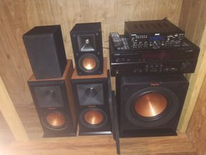 Klipsch r110sw powered subwoofer for Sale in Victorville, CA