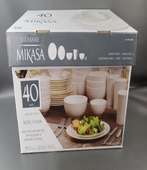 $70 NEW Mikasa Lausanne Bone China 40 Piece White dinnerware serving plate cup for Sale in South El Monte, CA