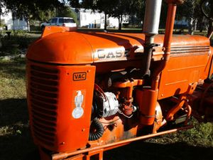 It's a vac case trackter for Sale in Riverview, FL