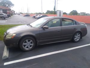 Nissan Altima 2004 for Sale in St. Petersburg, FL