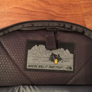 North Face Recon Backpack for Sale in Holbrook, NY