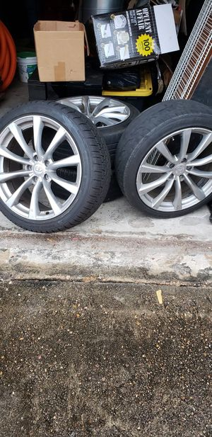 infiniti g35 wheels and tires for Sale in Houston, TX