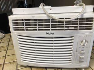 Window Air Conditioner 5000 BTU for Sale in Long Beach, CA