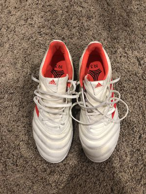Adidas Copa Turf White & Red for Sale in Naperville, IL