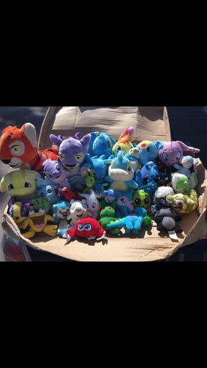 . Neopets & stuffed animals for Sale in Shelby charter Township, MI