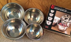 4 Professional Stainless Steel Mixing Bowls for Sale in Ocala, FL