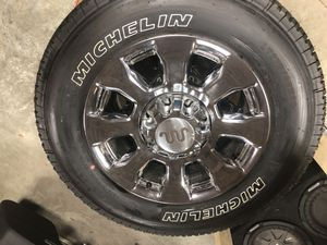 275/ 65 R20 Michelin LTX A/T2 tires and rims from 2020 Ford F-350 King Ranch for Sale in Elkhart, IN