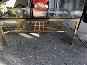 Coffee table for Sale in Sacramento, CA