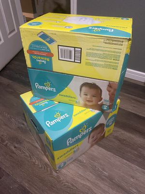 Pampers Swadlers Sz 2 for Sale in Gig Harbor, WA
