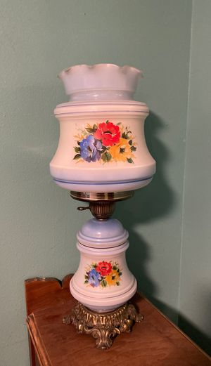 Vintage table lamp for Sale in Puyallup, WA