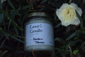 Gardenia Tuberose with Chamomile Candle for Sale in Arroyo Grande, CA