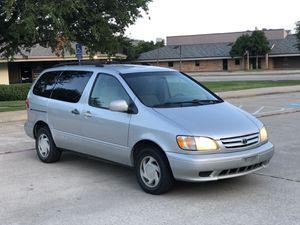2002 Toyota Sienna LE for Sale in Dallas, TX