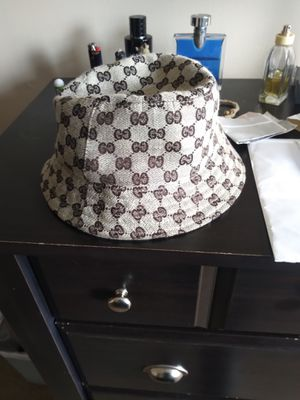 Gucci bucket Hat price negotiable for Sale in Columbus, OH