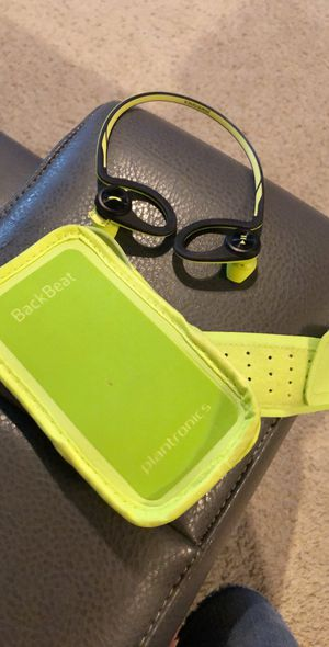 Plantronics backbeat (wireless headphones) for Sale in Houston, TX