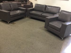 Living room for Sale in Sugar Land, TX