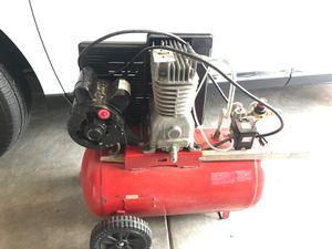 Craftsman 12 Gallon Belt Driven Compressor . for Sale in Auburn, WA