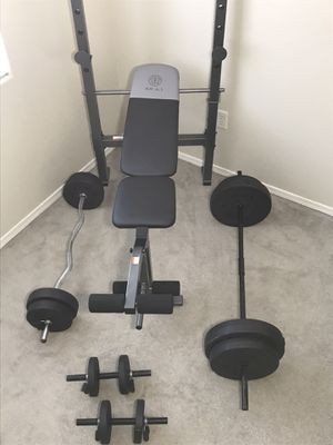 115 POUNDS OF WEIGHTS •BRAND NEW ADJUSTABLE BENCH•BARBELL•CURL BAR•DUMBBELLS•& CLIPS• PERFECT WORKOUT SET• for Sale in Las Vegas, NV