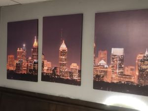 3 Panel Wall Art of the Atlanta Skyline. The Atlanta colorful canvas is included it this purchase. for Sale in Atlanta, GA