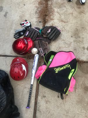 Softball set for Sale in Del Valle, TX
