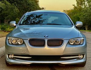 2011 BMW 328i SUPER CLEAN & LOW MILEAGE!! for Sale in San Antonio, TX