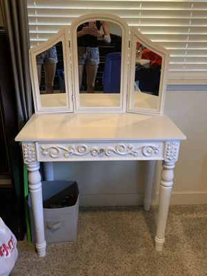 Vanity for sale for Sale in Ripon, CA