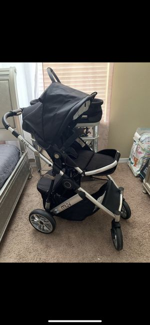 Muv Reis stroller travel set with car seat, bassinet, and toddler seat for Sale in Land O Lakes, FL