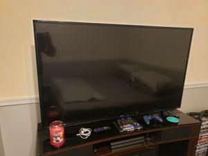 "TCL 50"" Class 4K Ultra HD (2160P) Roku Smart LED TV (50S425) for Sale in Lebanon, PA"